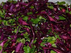 Kırmız lahana salatası