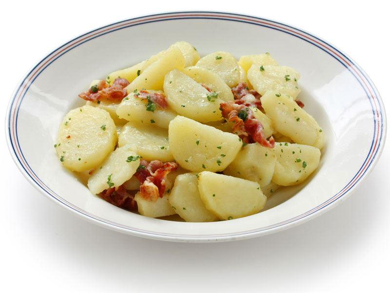 Alman Usulü Patates Salatası (Kartoffelsalat)