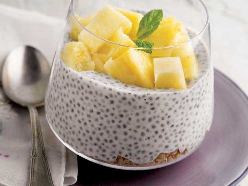 Ananaslı chia pudingi