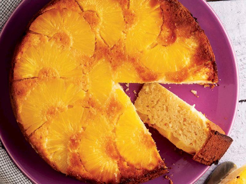 Ananaslı hafif kek