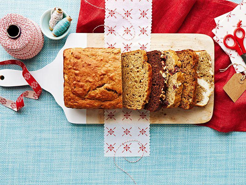 Badem ve kızılcık ile muzlu ekmek