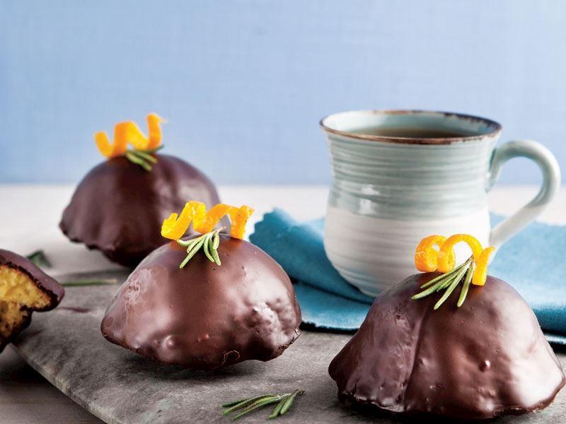 Çikolata kaplı mini kekler