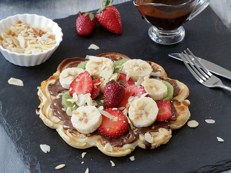 Çikolata soslu waffle