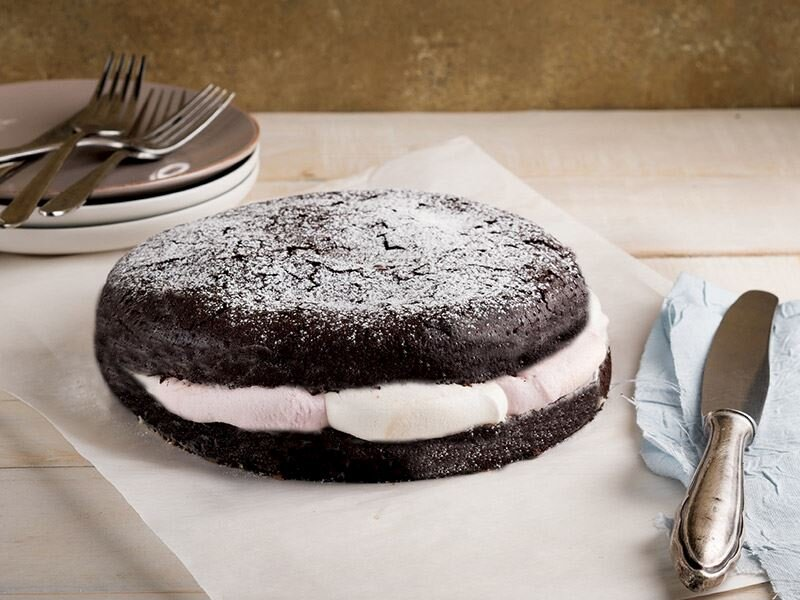 Çikolatalı marshmallowlu kek