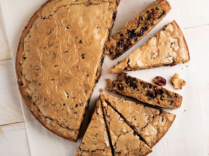 Çikolatalı ve yaban mersinli atıştırmalık kek