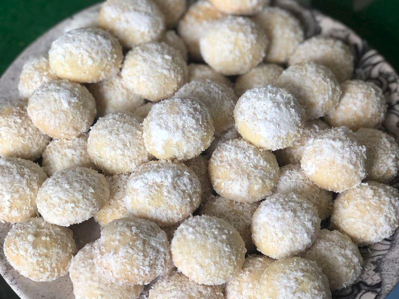Coconut kurabiye
