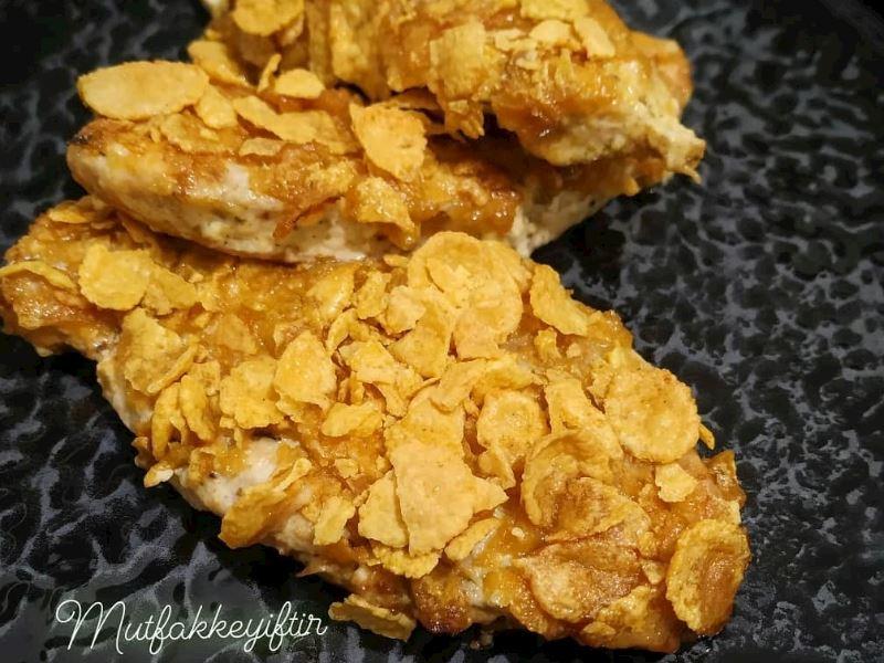 Cornflakes kaplı kremalı tavuk 💛🖤