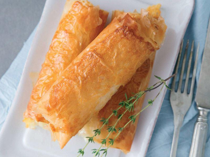 Dil peynirli çıtır börek
