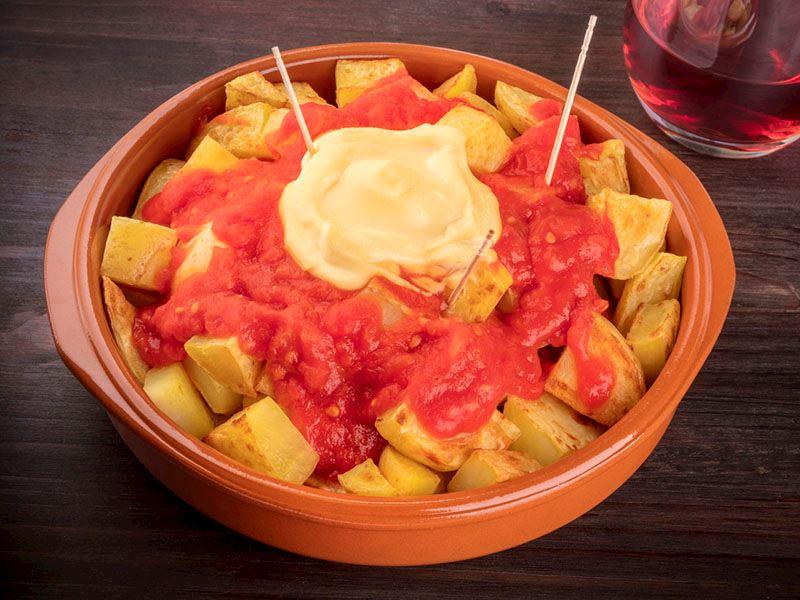 Domates soslu patates