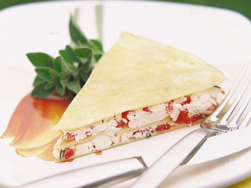 Domatesli krep böreği