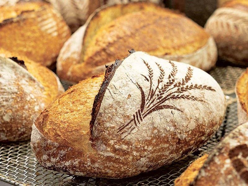 Ekşi mayalı beyaz ekmek