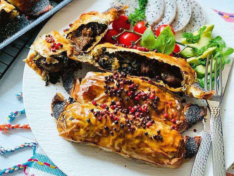 Ispanaklı etli börek