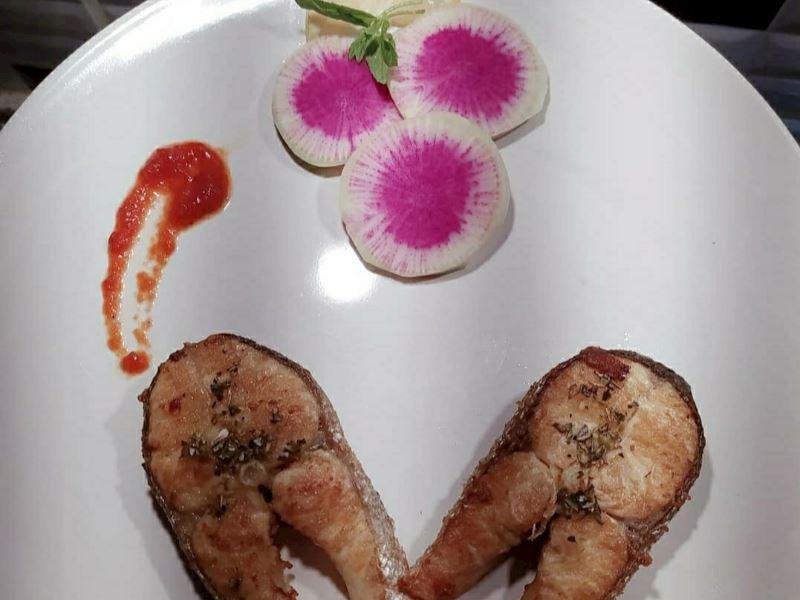 Izgara Tavada Limonlu ve  Mandalina Soslu Somon Balığı