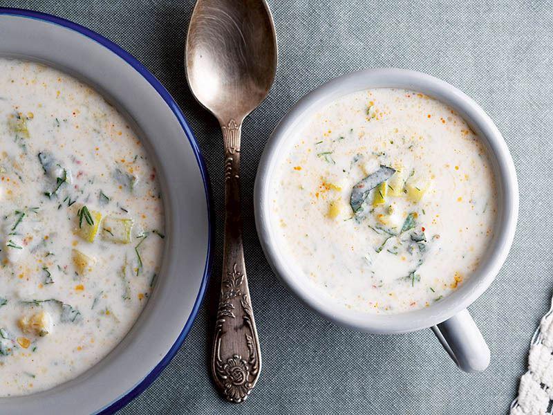 Kabaklı ve yarma mısırlı ayran çorbası