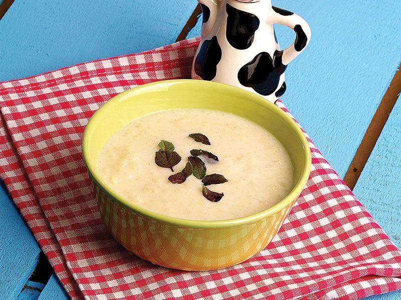 Kabaklı yoğurt çorbası