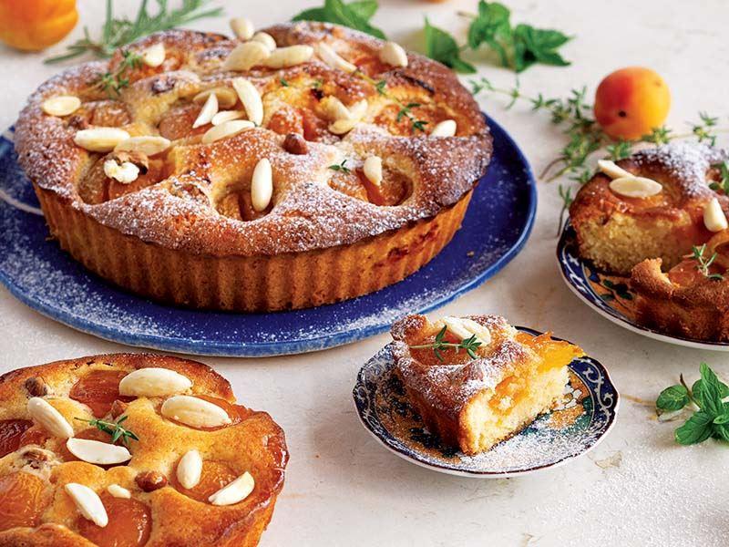Kayısılı bademli kek