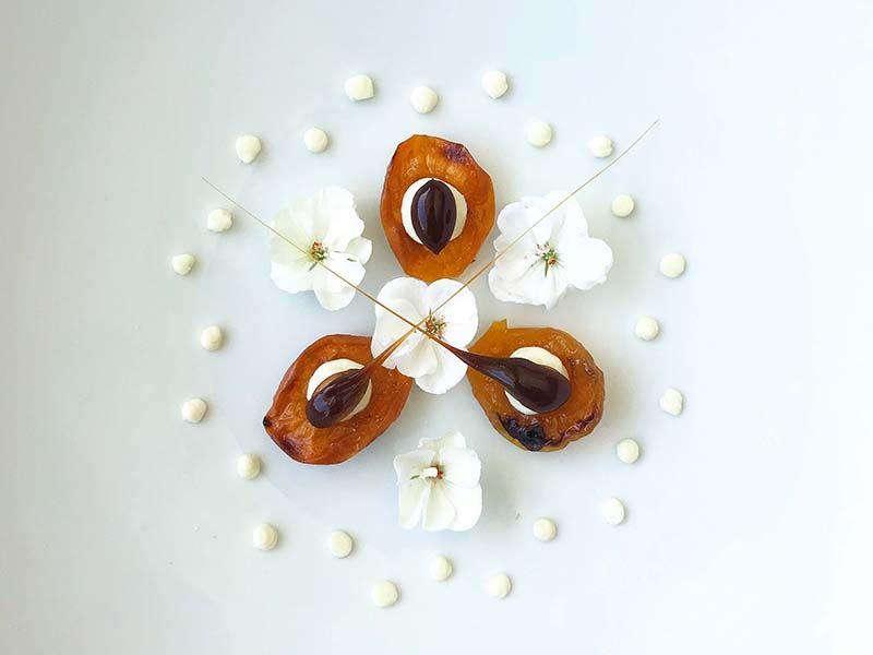 Kayısılı & beyaz çikolatalı  cheese cake