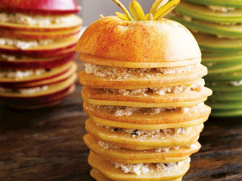 Keçi peynirli& cevizli elma sandviçleri