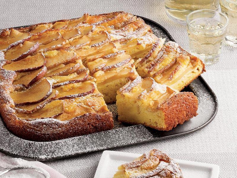 Lor peynirli ve elmalı kek