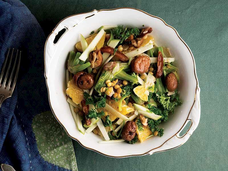 Maraş tarhana cipsi ıspanak kökü salatası