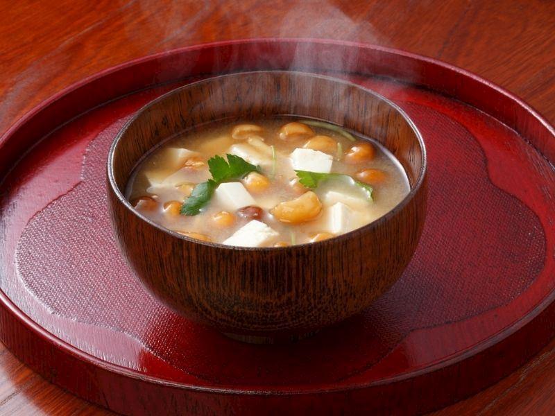 Miso Çorbası