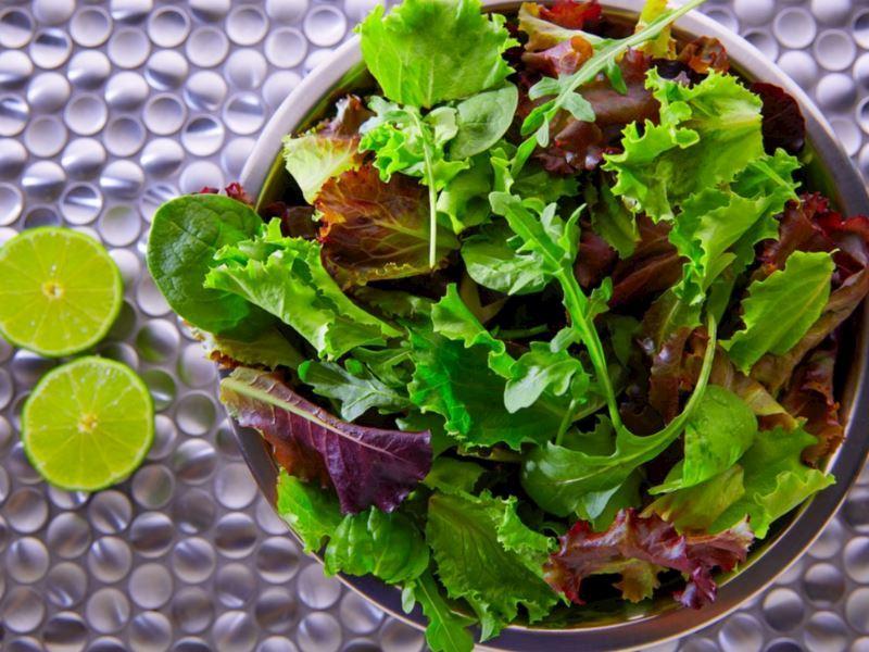 Omega 3'lü Akdeniz Salatası