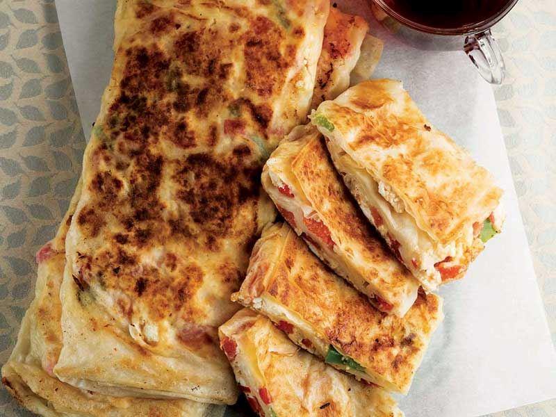 Peynirli sandviç börek