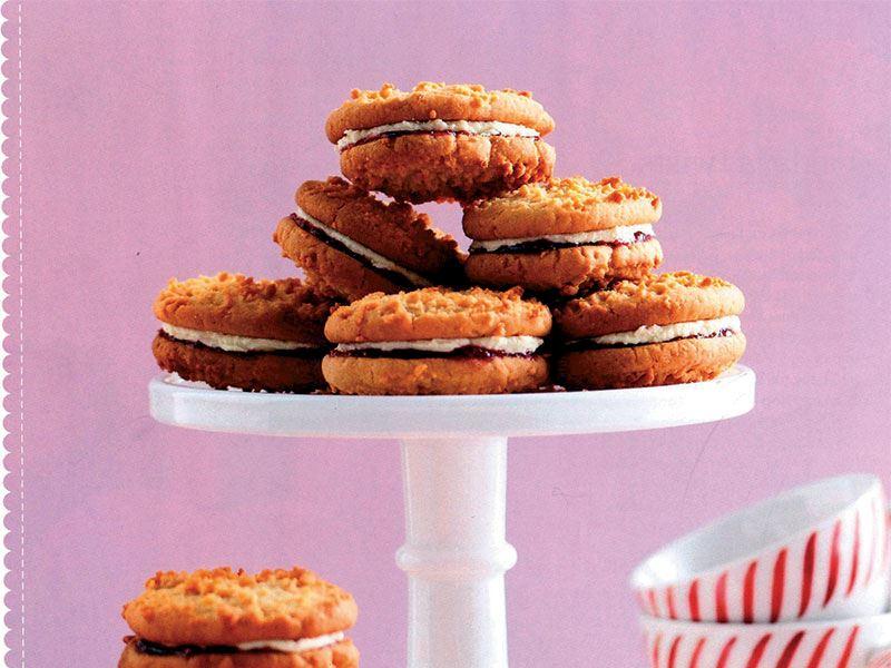 Reçelli bisküvi
