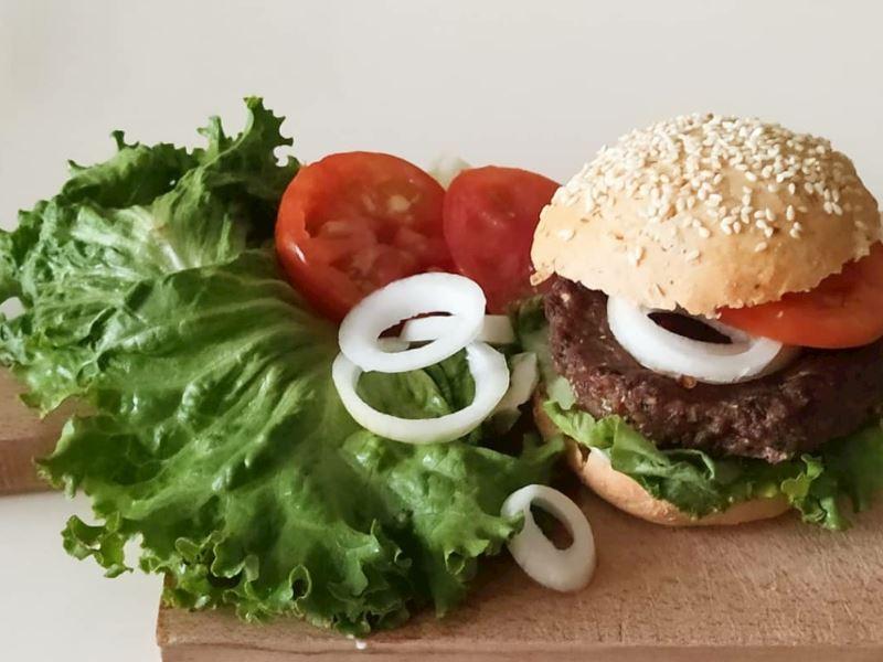 Sağlıklı ve Leziz Hamburger