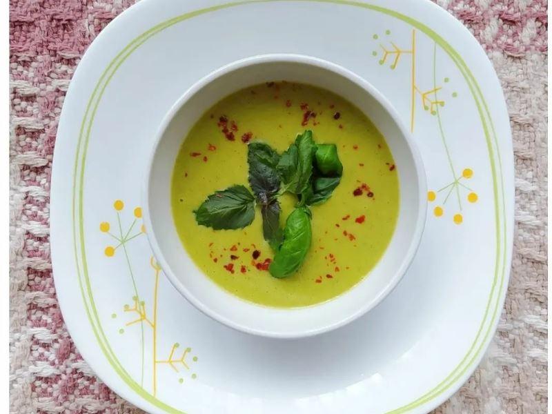 Sebzeli Kabak Çorbası