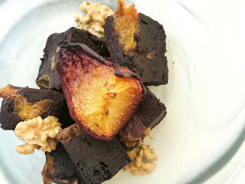 Şeftalili brownie (Unsuz ve ekstra şekersiz)