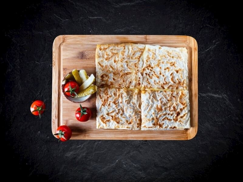 Tahinli Ispanaklı Sac Böreği