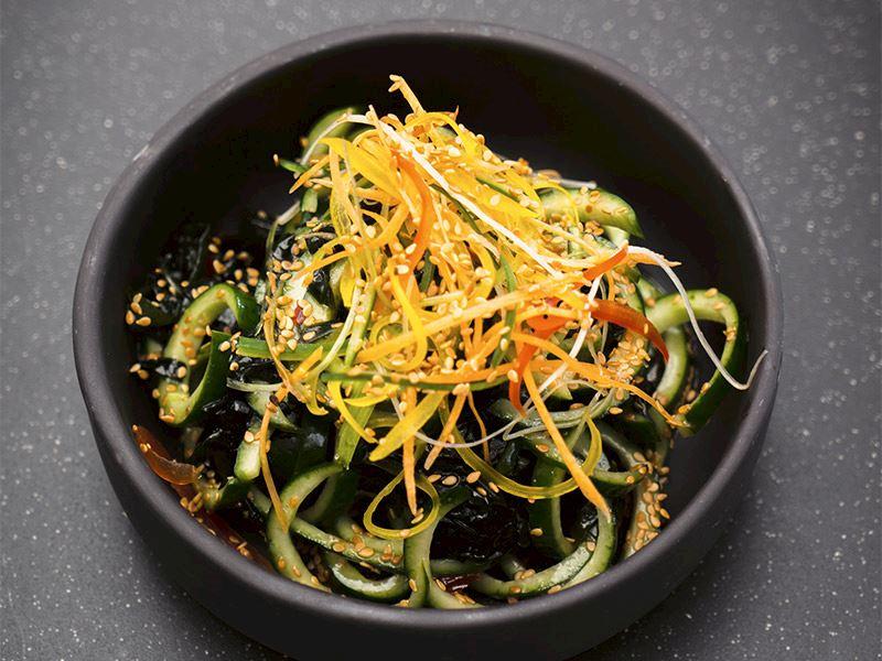 Wakame salatası