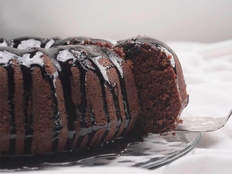 Yoğurtlu Kakaolu Kek