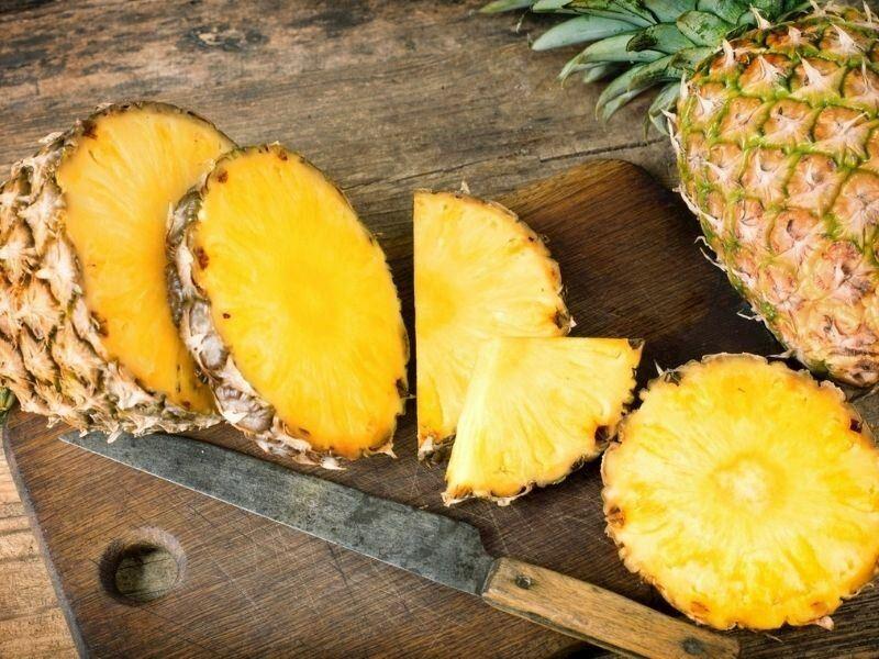 Ananas Nasıl Yenir ve Nasıl Soyulur?