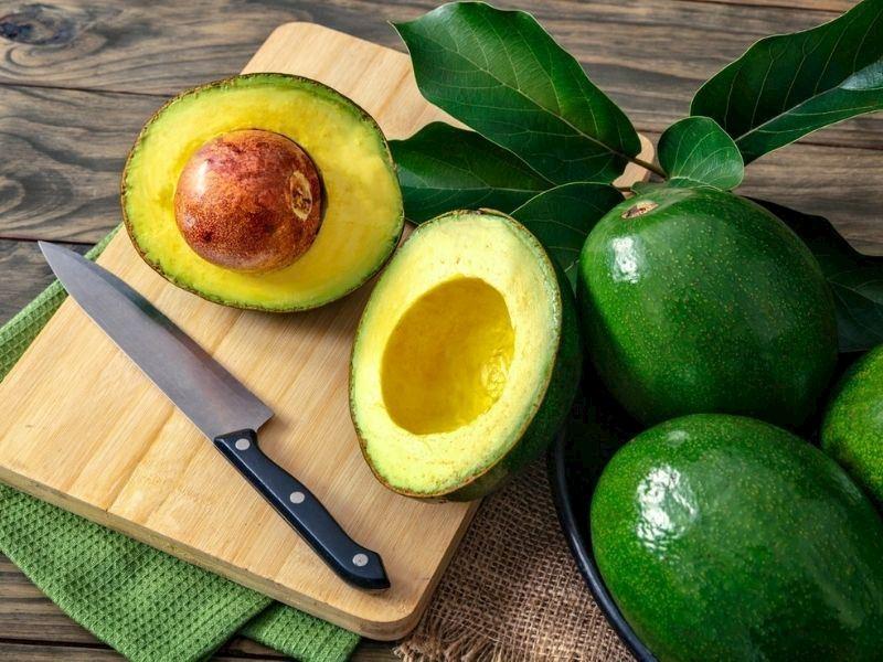 Avokado Nasıl Saklanır: Avokadoyu Uzun Süre Saklama Yöntemleri