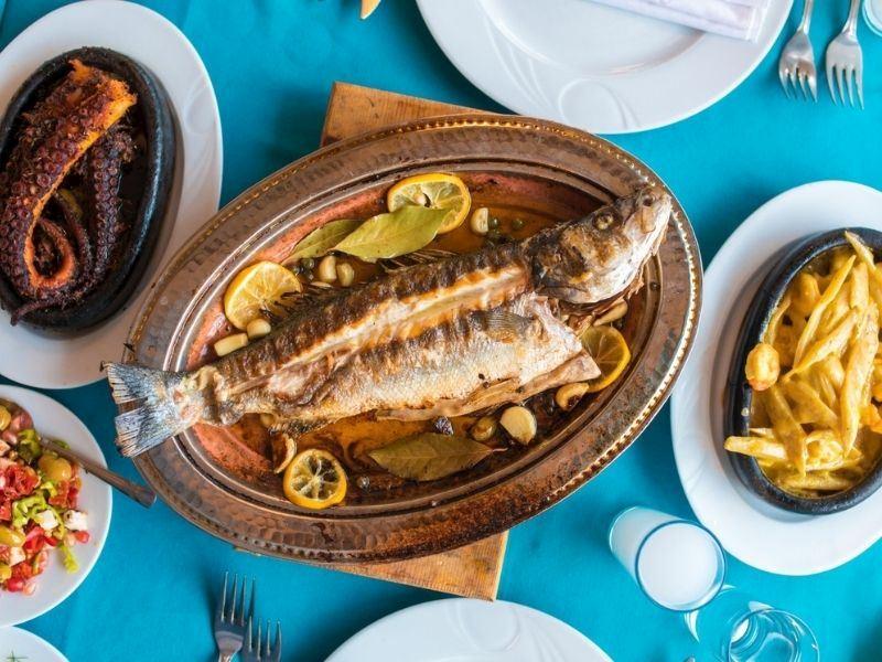 Balığın Yanına Hangi Tatlı Yapılır?