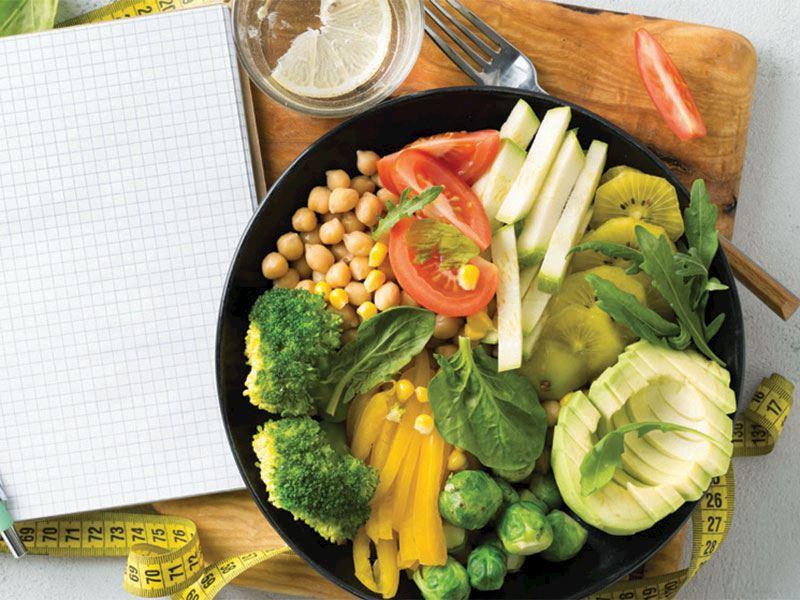 """Beslenme Koçu Çılga Turan; """"Vegan olmak, bilgi ve dikkat gerektiriyor"""""""