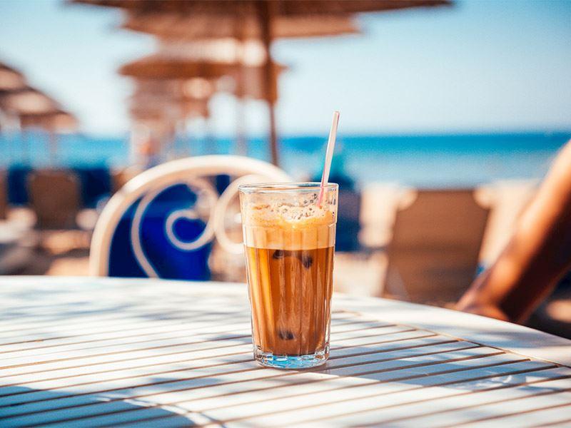Ege'nin karşı kıyısında milli içecek tartışması…