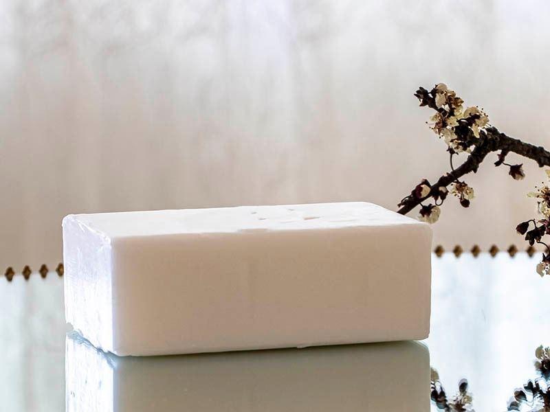 Eşek Sütü Sabununun Faydaları Nelerdir, Nasıl Kullanılır?