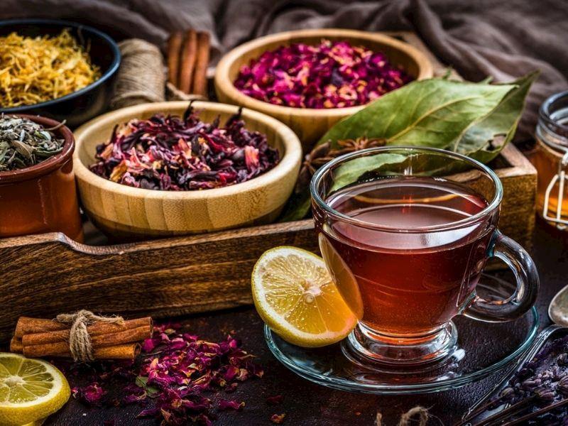 Evde Kolayca Hazırlayabileceğiniz Hızlı Ödem Attırıcı Çay Tarifleri