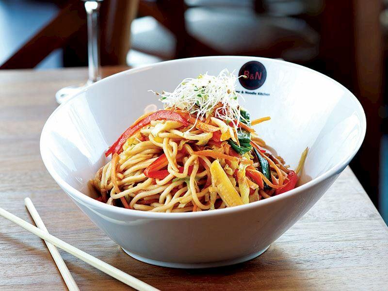 Noodle Tarifleri: Evde Kolayca Hazırlanan 13 Nefis Noodle Tarifi