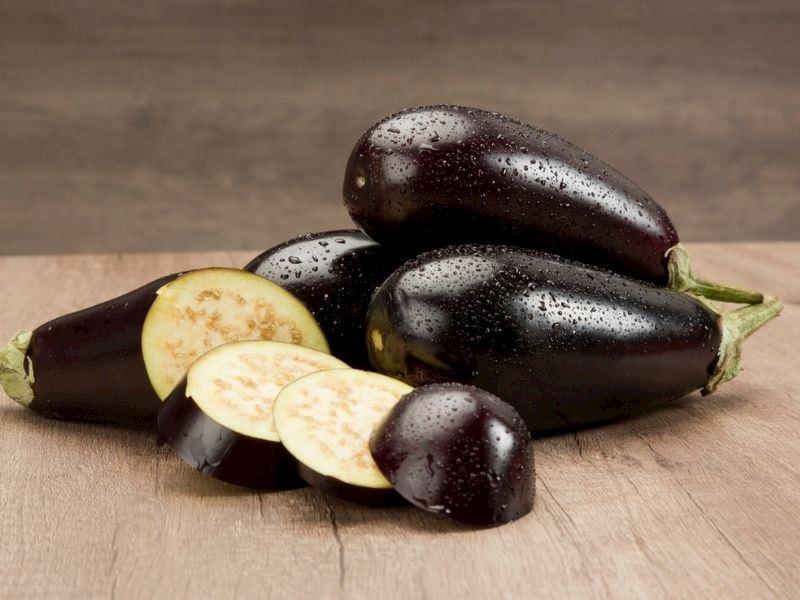 Patlıcan Buzlukta Nasıl Saklanır: Derin Dondurucuda Patlıcan Saklama Yöntemleri