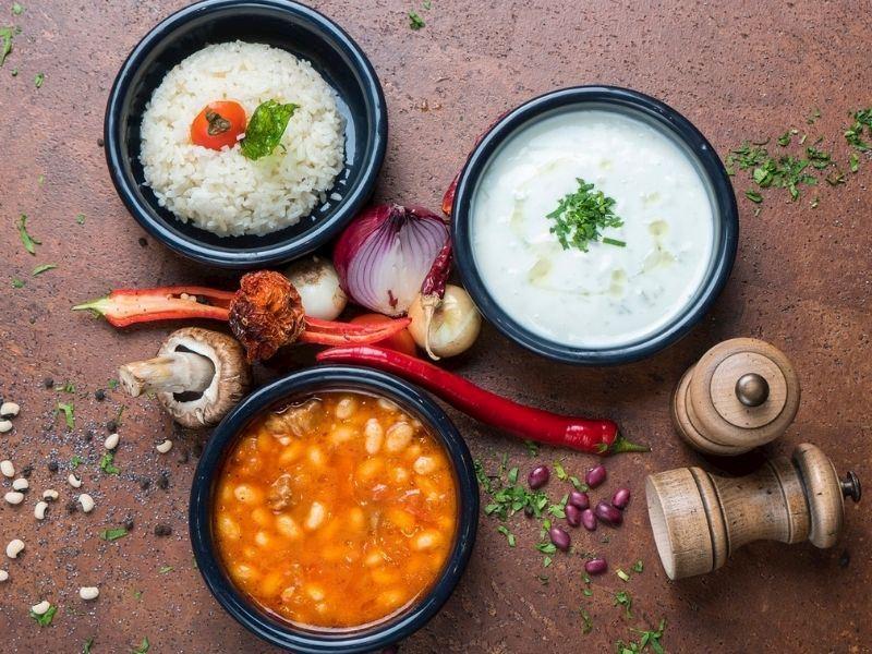 Pişmiş Yemekler Nasıl Saklanır? Artan Yemekleri Saklamak İçin Basit İpuçları